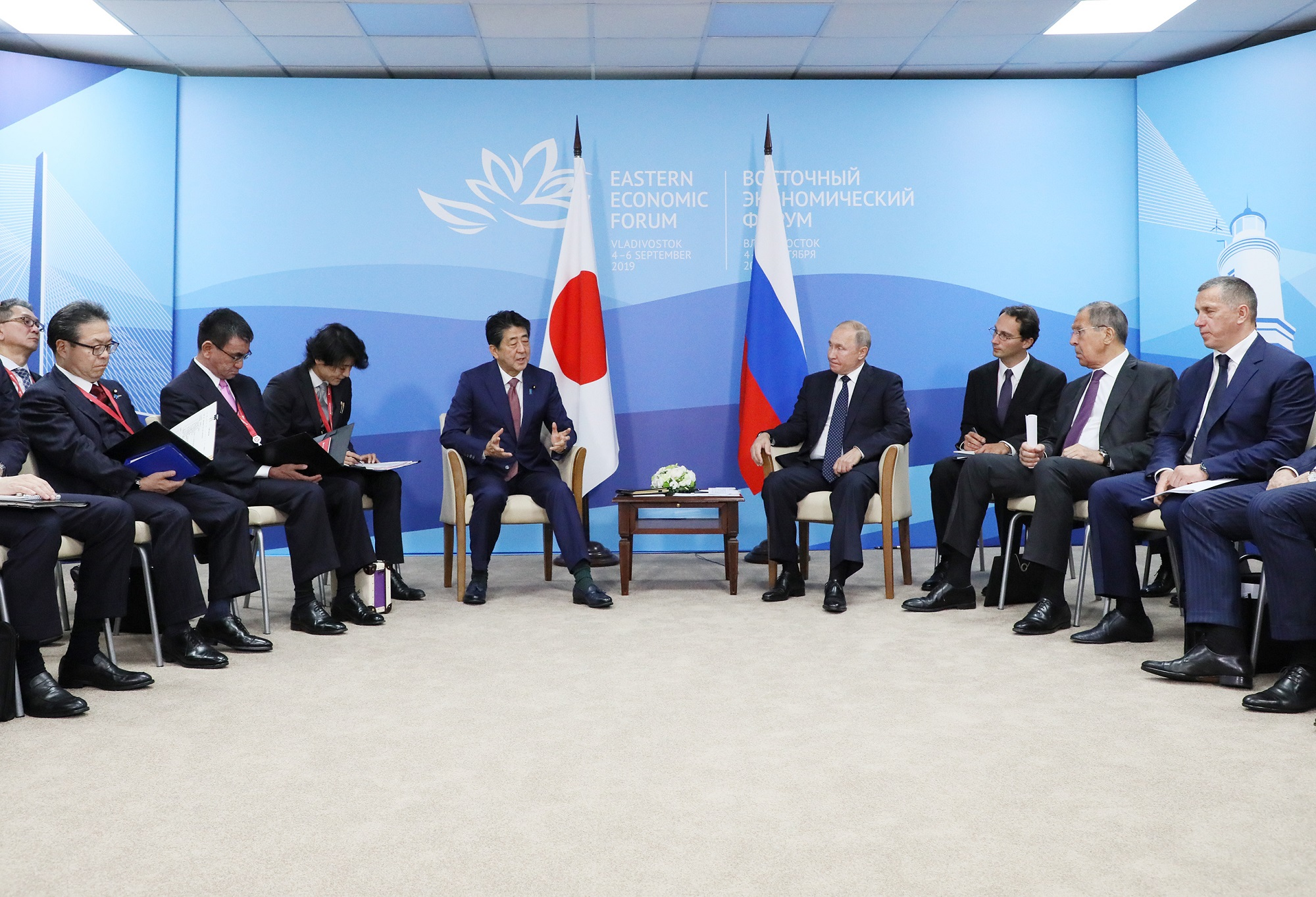 Photograph of the Japan-Russia Summit Meeting (5)