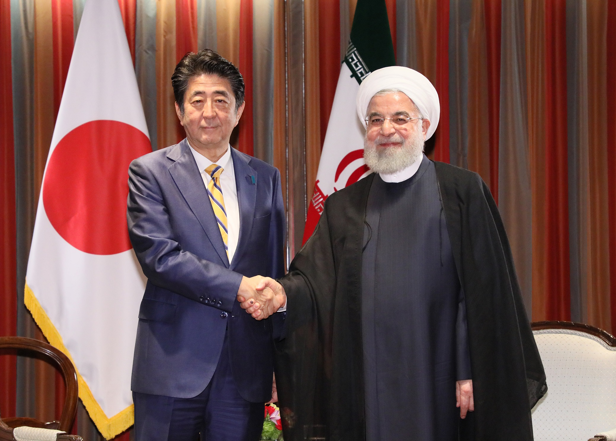 Photograph of the Japan-Iran Summit Meeting (3)