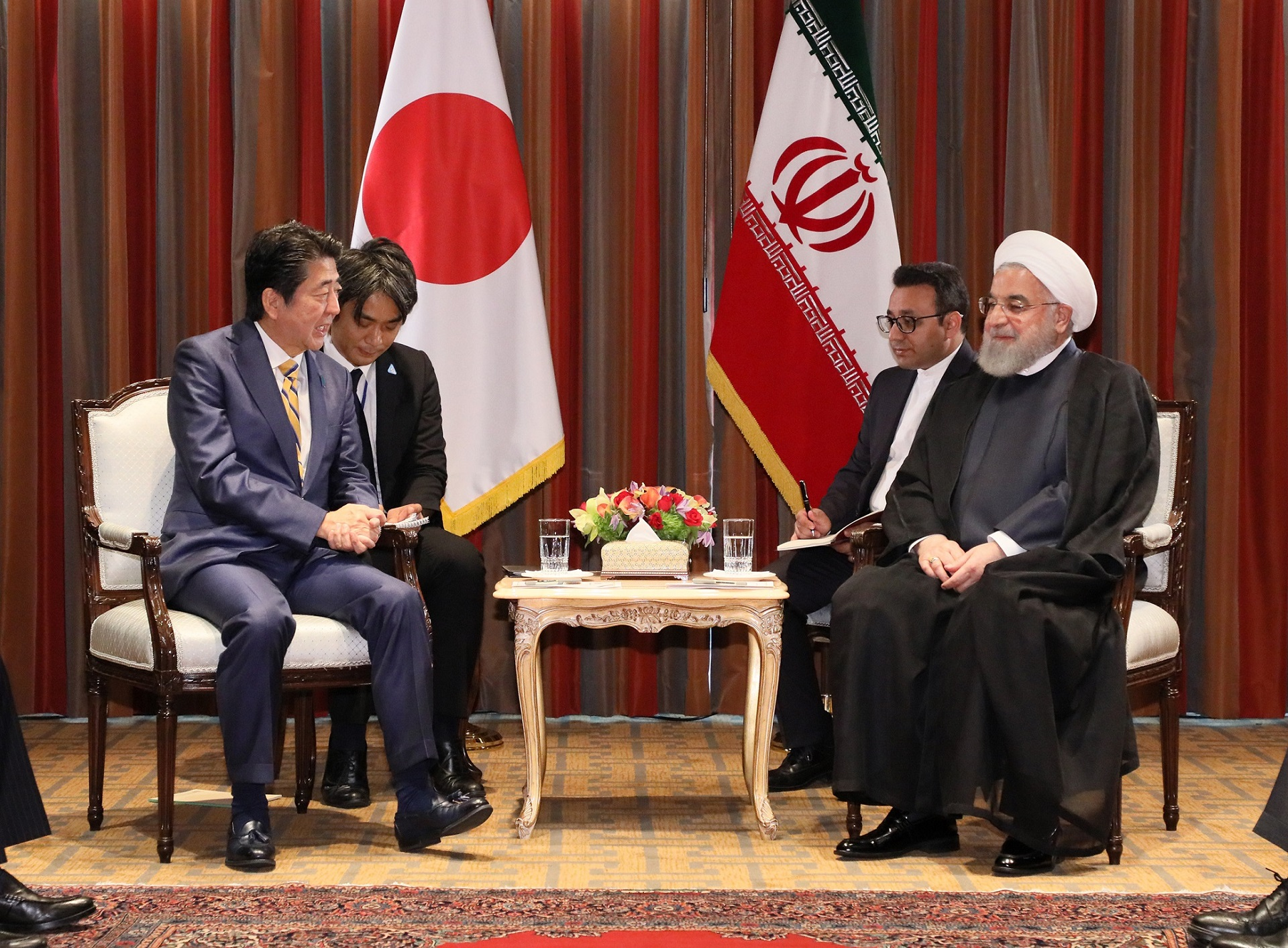 Photograph of the Japan-Iran Summit Meeting (4)