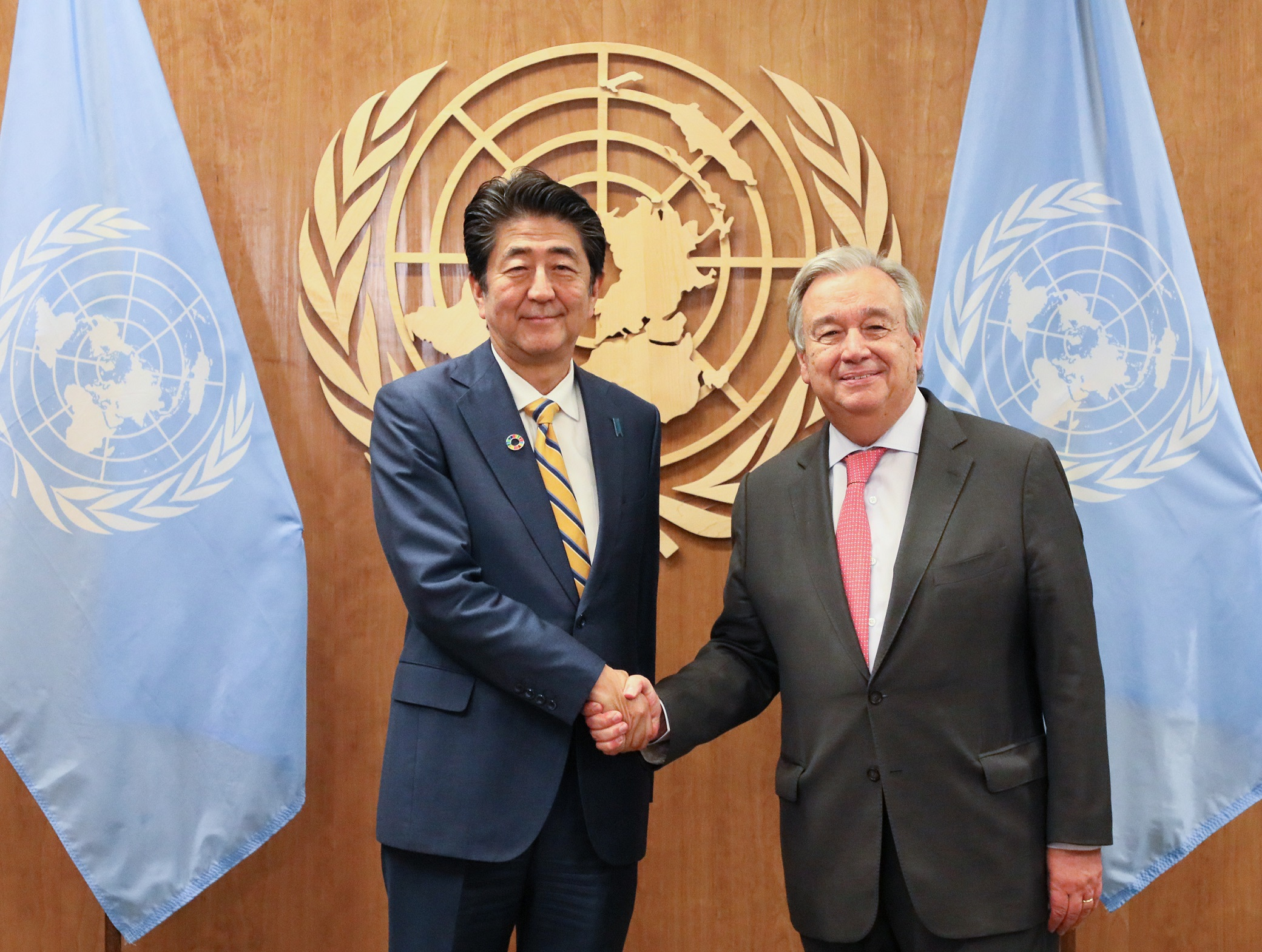 Photograph of the meeting with the UN Secretary-General (2)
