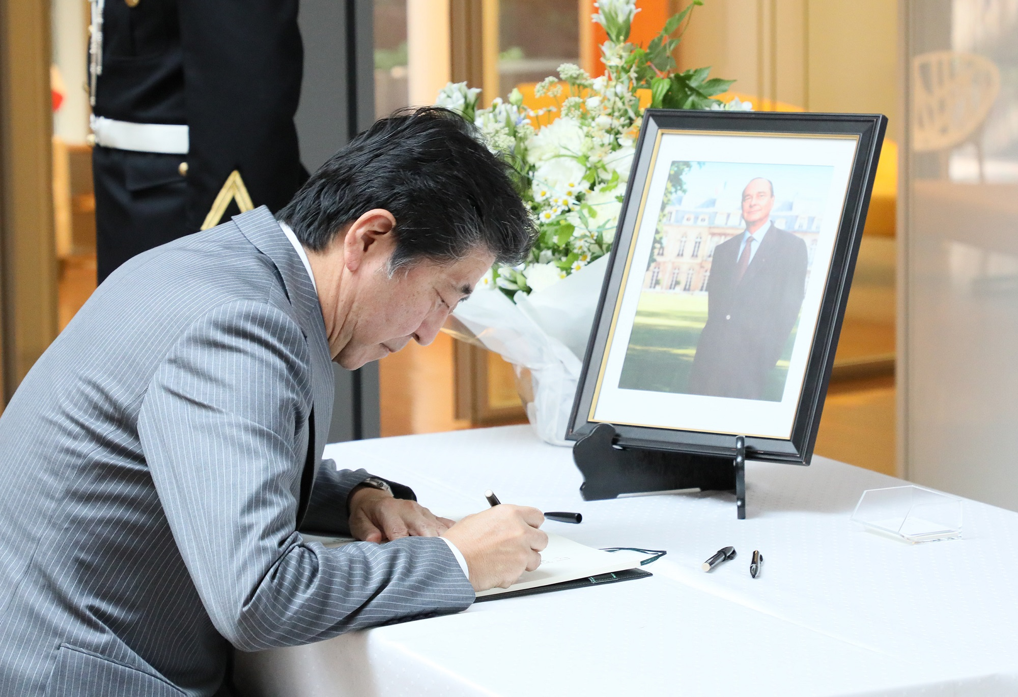 Photograph of the Prime Minister paying his condolences (3)