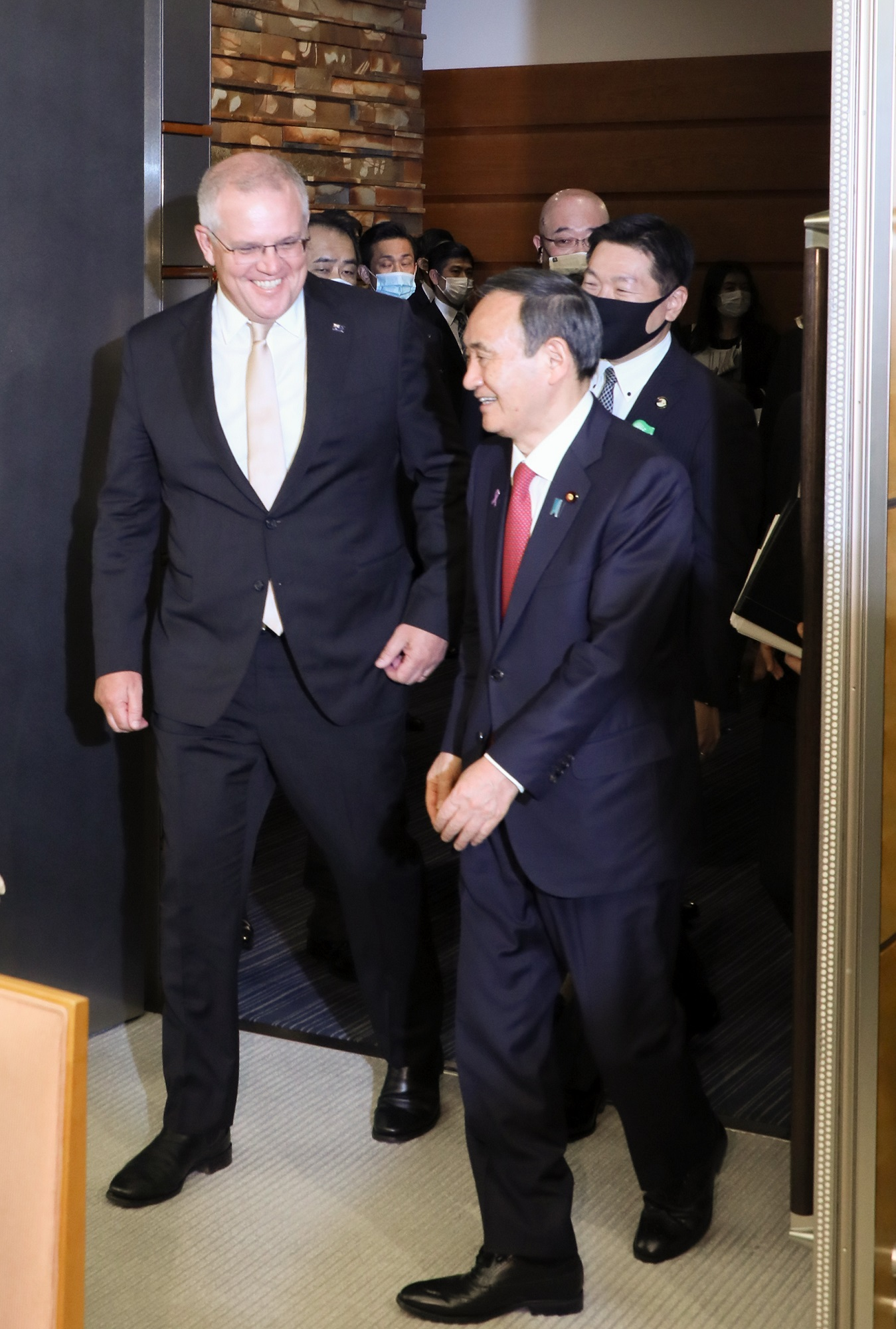 Photograph of the two leaders attending the Japan-Australia Summit Meeting