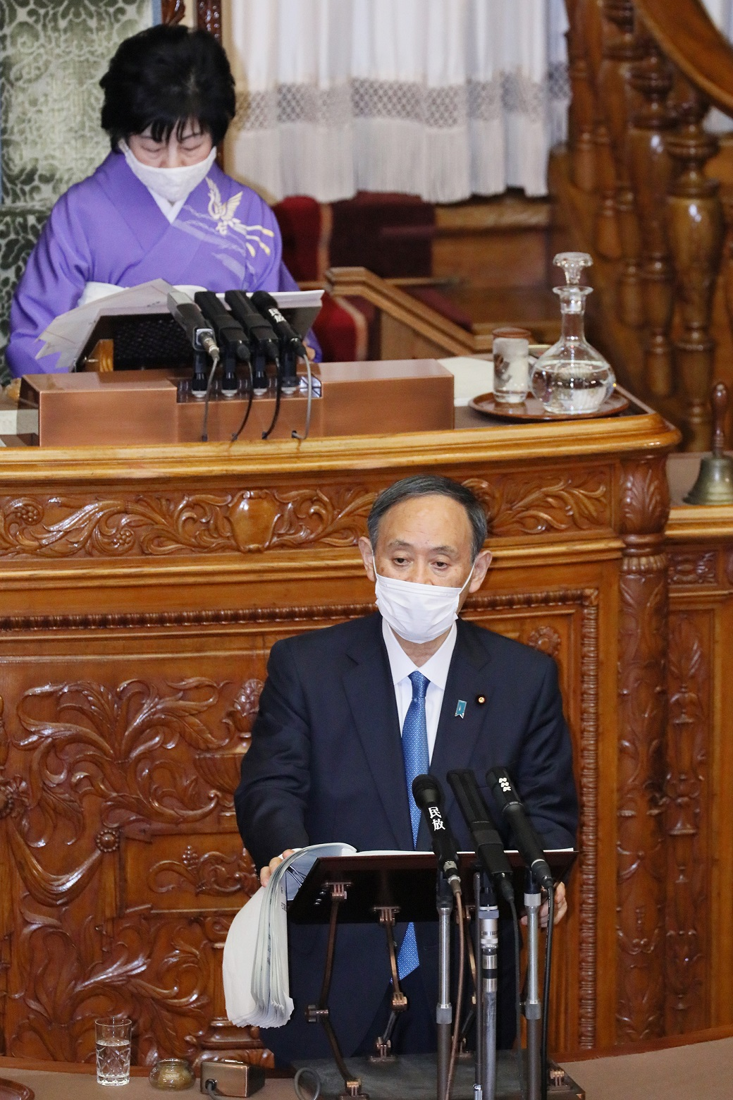 Photograph of the Prime Minister delivering a policy speech during the plenary session of the House of Councillors (1)