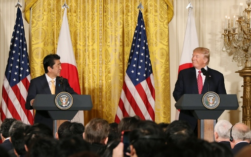 Photograph of the Japan-U.S. joint press conference (3)