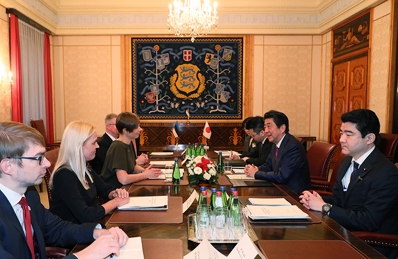 Photograph of the Prime Minister paying a courtesy call on the President of Estonia (3)