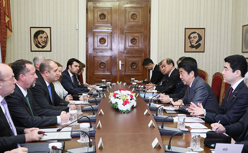 Photograph of the Prime Minister paying a courtesy call on the President of Bulgaria (3)