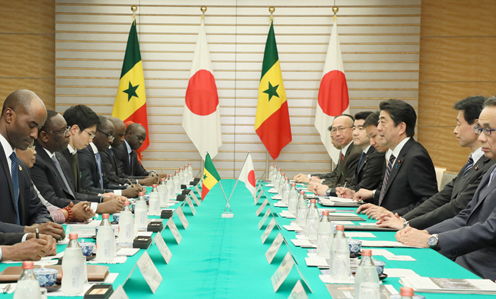 Photograph of the Japan-Senegal Summit Meeting