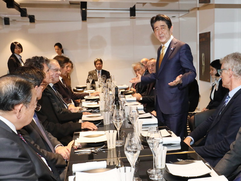 Photograph of the dinner with representatives of Japonismes