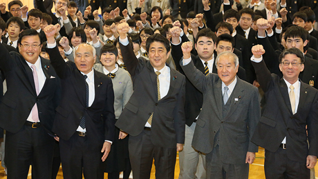 Prime Minisiter Abe visits Iwate